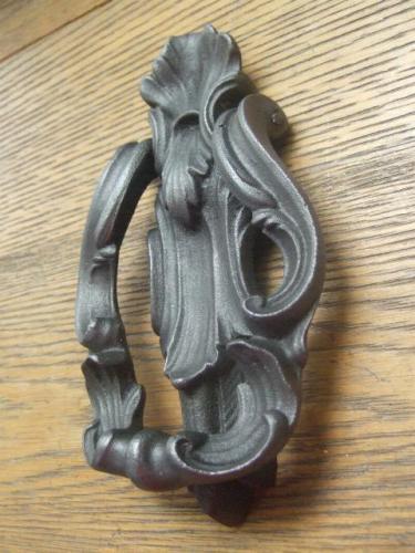 D178l Antique Cast Iron Door Knocker Antique Door Knockers