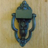 Victorian_Cast_Iron_Door_Knocker_D054