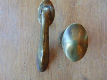 Antique_Edwardian_Door_Knocker_and_Door_Knob_d229-0114