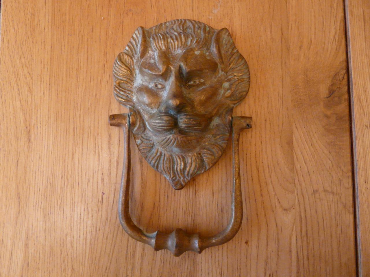 D300 victorian brass lion s head door knocker antique door knockers - Brass lion head door knocker ...