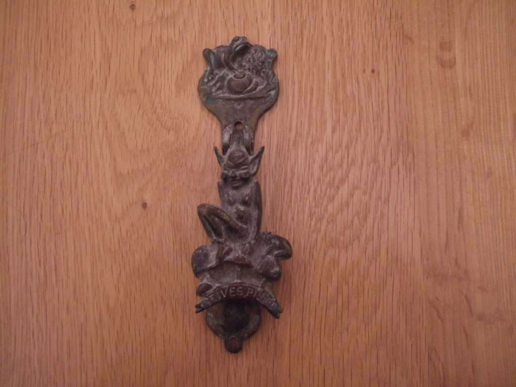D322 antique brass st ives door knocker antique door knockers - Antique brass door knocker ...