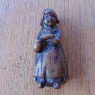 Antique_Dutch_Girl_Door_Knocker_d348