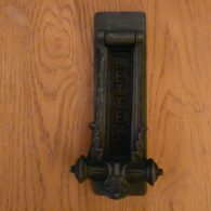 D453_1215_Antique_Victorian_Cast_Iron_Combination_Letterbox_&_Door_Knocker