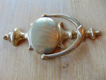 Brass_Urn_Door_Knocker_rd001