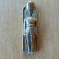 Guardsman_Door_Knocker_rd008