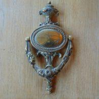 Urn_Door_Knocker_rd020