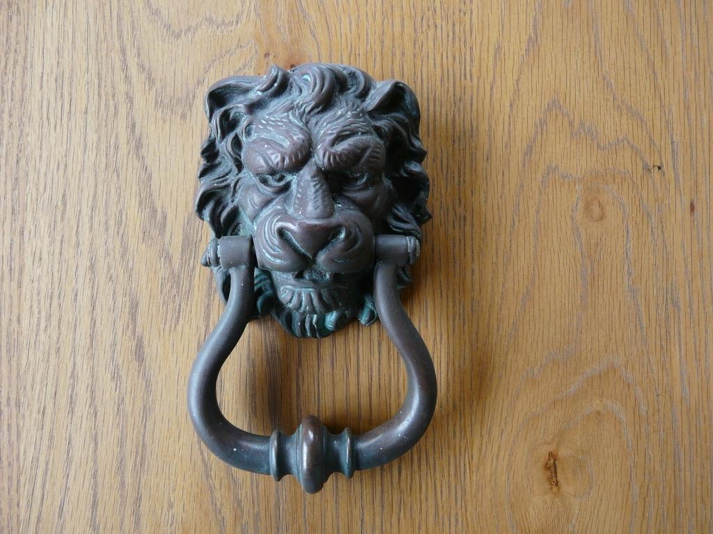 Antique Door Knockers Products Victorian Brass Lion Door Knocker U2013 D028.  🔍. D028 Lion_Doorknocker