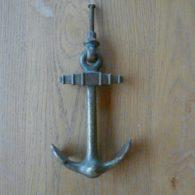 D128_0715_Antique_Brass_Anchor_Door_Knocker