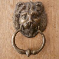 D318_0915_Reclaimed_Brass_Lion_Head_Door_Knocker