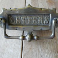 D380_0915_Edwardian_Brass_Letterbox_&_Door_Knocker
