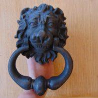 Cast_Iron_Lion_Door_Knocker_D362L-0117