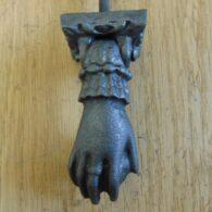 Cast_Iron_Hand_Door_Knocker_D527-0318