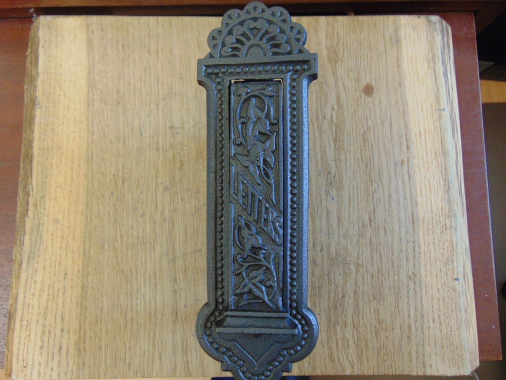 Victorian Vertical Cast Iron Letterbox D539-0518 - The Antique Door Knocker Company