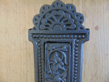 Victorian Cast Iron Vertical Letterbox D539-0518 - The Antique Door Knocker Company