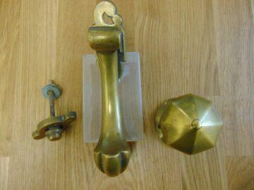 Late Victorian Door Knocker and Door Pull D267L-1218 Antique Door Knockers