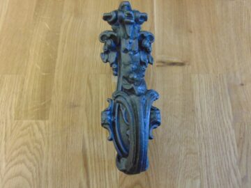 Antique Cast Iron Door Knocker D470L-0219 Antique Door Knockers