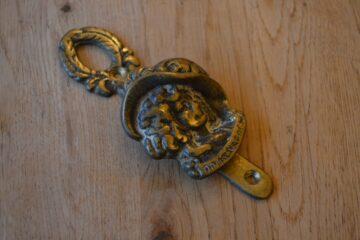 Dolly Varden Door Knocker D612-1119