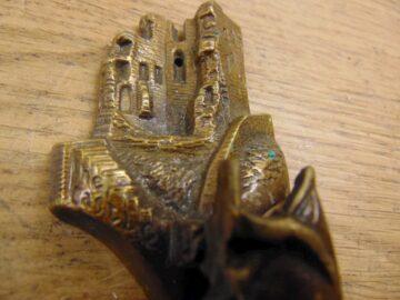 Scarborough Door Knocker D295-1120 Antique Doorknocker Company